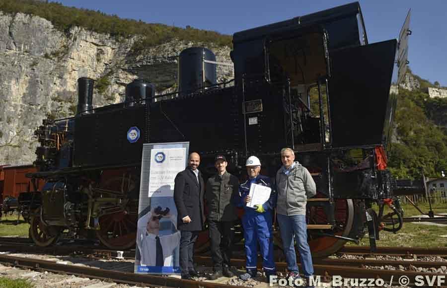 La 880 001 certificata dal TÜV Italia
